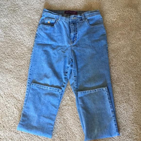 Gloria Vanderbilt Denim - High waisted Gloria Vanderbilt jeans